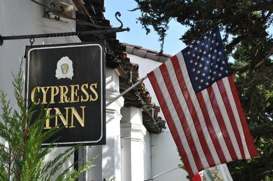 Cypress Inn Sign