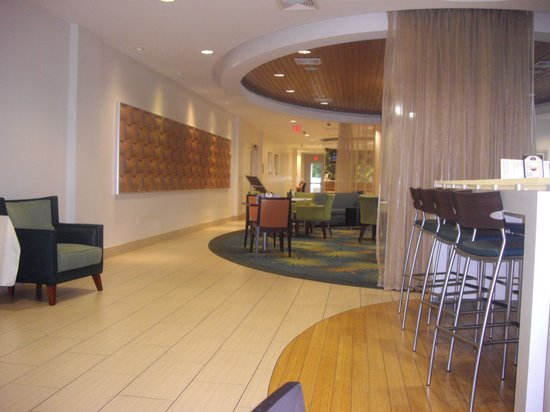 SpringHill Suites by Marriott Miami Airport East/Medical Center: The inside of the hotel was nice