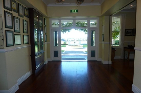 Napier, New Zealand: Looking to the outside