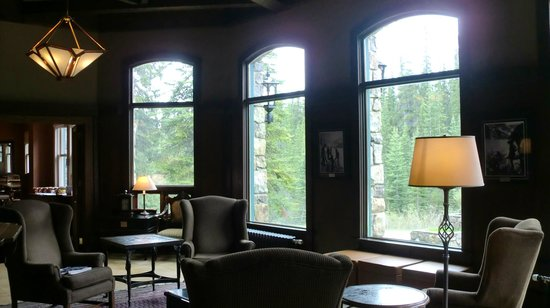 Deer Lodge: Salon de lectura