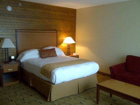 BEST WESTERN PLUS Hood River Inn: Room - queen bed