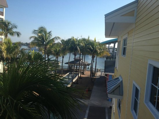 Harbour House at the Inn: View from our bedroom balcony into Snug Harbor