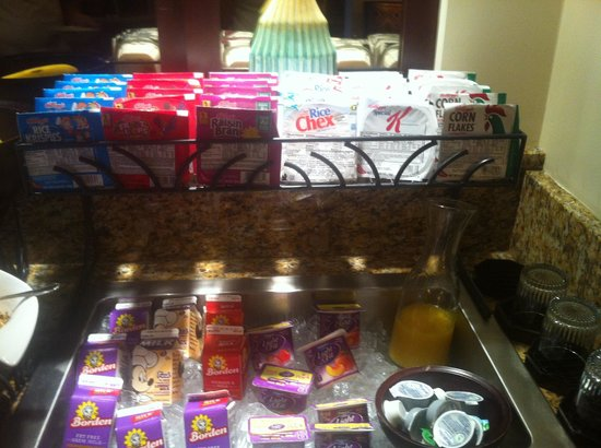 Disney's Coronado Springs Resort: Business level breakfast