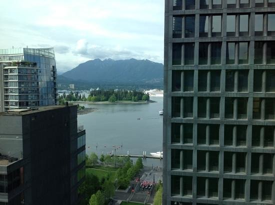Coast Coal Harbour Hotel Photo