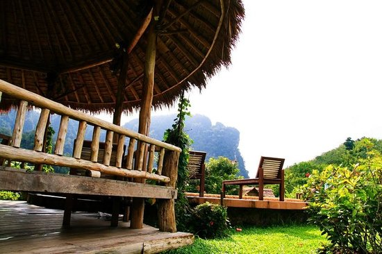 The Cliff & River Jungle Resort: Pool Hut