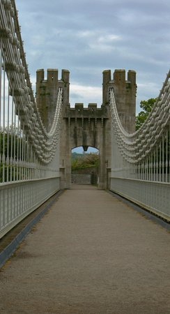 Conwy County, UK: BRIDGE VIEW 1