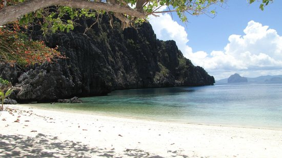 El Nido Resorts Miniloc Island: Private beach