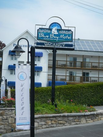Blue Bay Motel: Welcome!