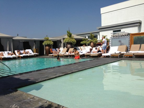 SLS Hotel at Beverly Hills: SLS Hotel - Beverly Hills, CA - Rooftop Pool Area