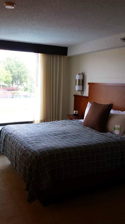 Hyatt Place Nashville/Opryland: comfy bed