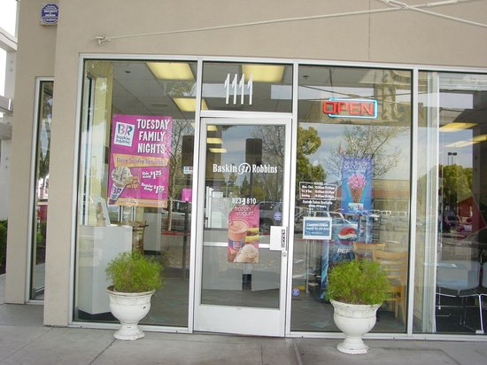 Manteca, Καλιφόρνια: Friendly Baskin Robbins in my town