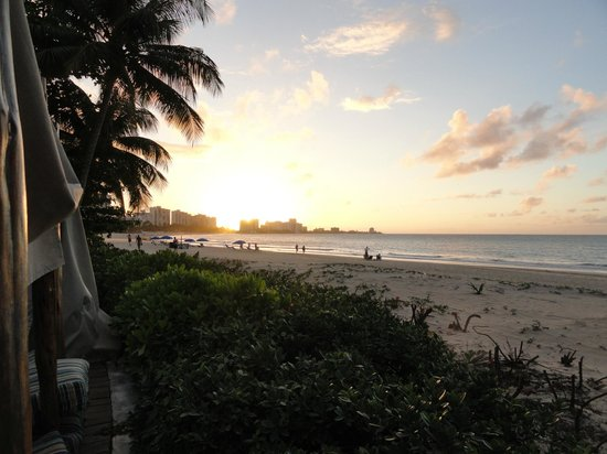 El San Juan Resort & Casino: View of the beach at sunset from the cabana