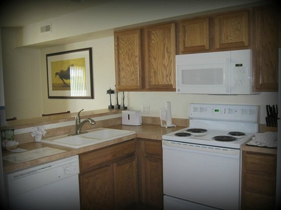 Resort at the Lake of the Ozarks: Kitchen