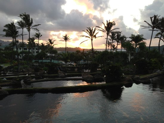 The Point at Poipu: Sunrise