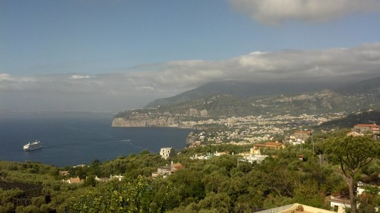 Il Nido Hotel Sorrento: The view from my bedroom window