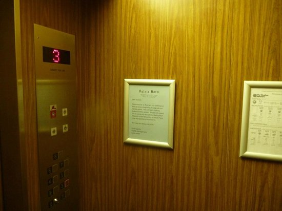 Sylvia Hotel: Circa 70's slowest elevators & least welcoming