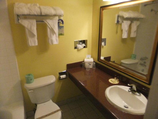 Days Inn Redwood City: Badezimmer