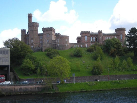 Columba Hotel: Inverness Castle