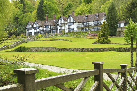 Gidleigh Park Hotel: Magnificent hotel & grounds