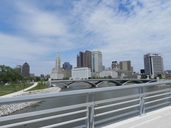 Cheap Hotels in Columbus, OH Near OSU | Red Roof PLUS+