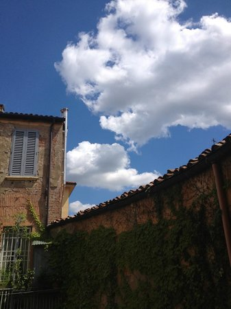 Antica Residenza d'Azeglio : A beautiful afternoon sky.
