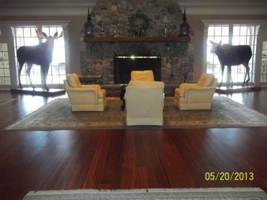 Point Lookout Resort and Conference Center: Foyer at the Summit