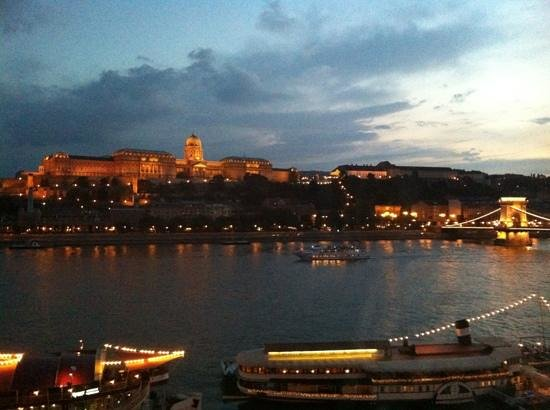 InterContinental Budapest: Add a caption