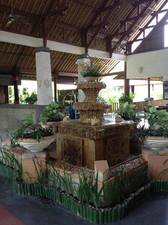 Benoa, Indonesia: Lobby Fountain