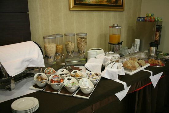 Hotel Mangart: Breakfast at Mangart