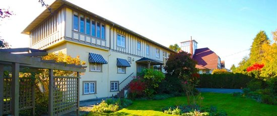 Photo of Oak Bay Guest House Victoria