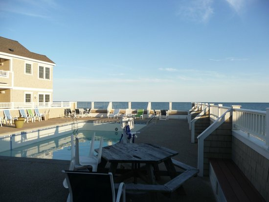 The Breakers on the Ocean: Beachside pool