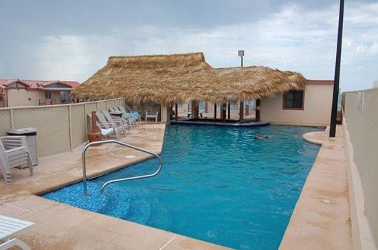 El Mirador Village Hotel: Pool