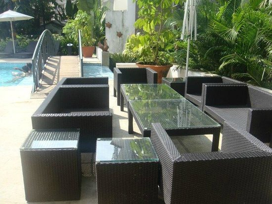 Citrus Goa : Dining Area near Pool