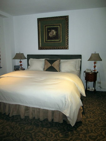 The Kimberly Hotel: Room 7L