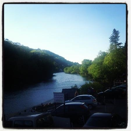Symonds Yat, UK: The evening view from Garth Cottage.