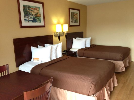 Howard Johnson Inn Orlando International Airport