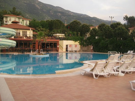 Swimming Pool Foto Van Hotel Greenland Oludeniz