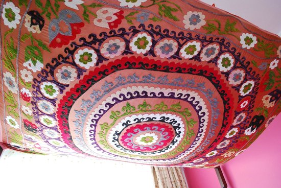 Marmara Guesthouse: our bed canopy