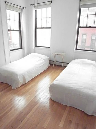 Photo of Glenwood Hostel Brooklyn