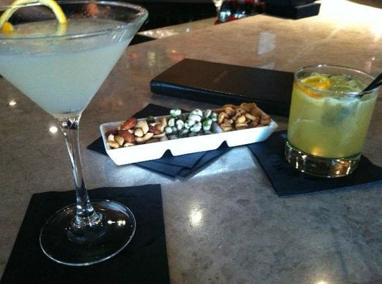 The Dupont Circle Hotel: Happy Hour