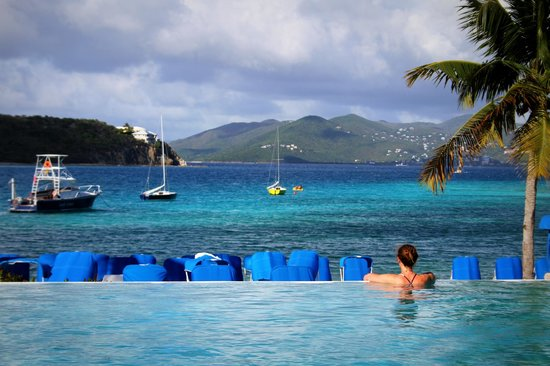 The Ritz-Carlton, St. Thomas: Infinity pool