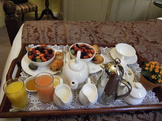 Hazlitt's: Breakfast tray