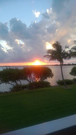 Hawks Cay Resort: sunset