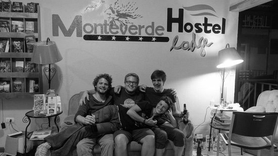 Monteverde Hostel Lodge: Swiss Conections with Lara :)