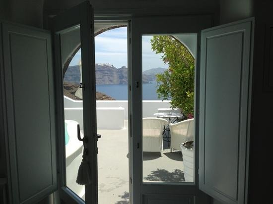 Canaves Oia Hotel: our stunning room��