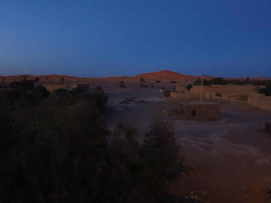 Riad Mamouche: View of the desert dunes from the rooftop terrace