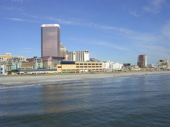 ‪‪Bally's Atlantic City‬: Bally's from the pier.‬