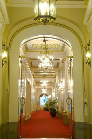 Carsson Hotel