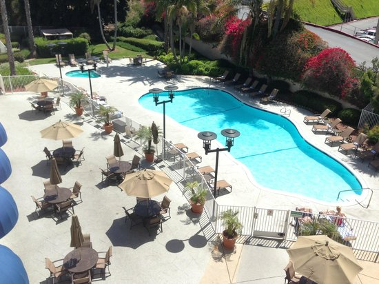 Sheraton Mission Valley San Diego Hotel: Pool view from 3rd Floor