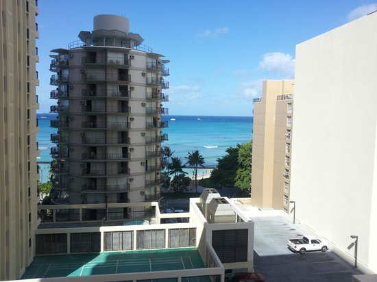 Waikiki Resort: View from hotel room